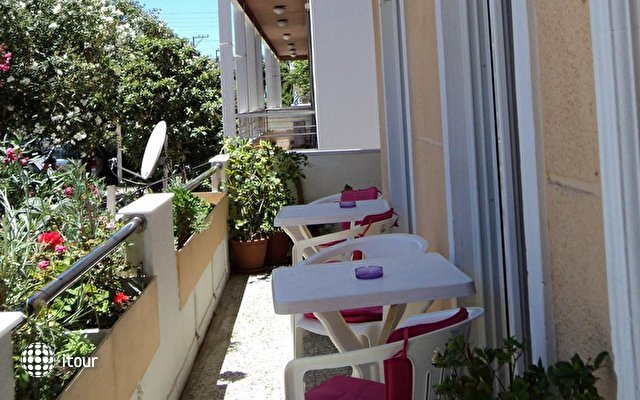 Zefyros Hotel 3