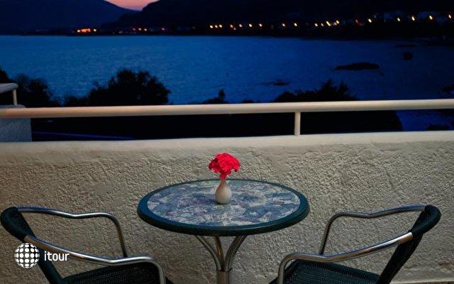 Anthi Maria Apartments 10