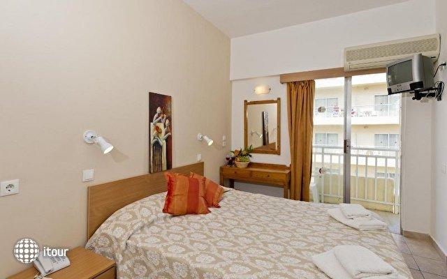 Vassil Ia Hotel 4