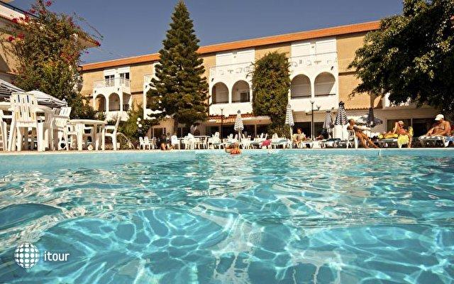 Kassandra Hotel 2