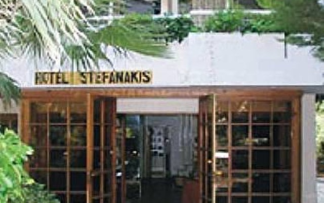 Stefanakis Hotel & Apartments 2