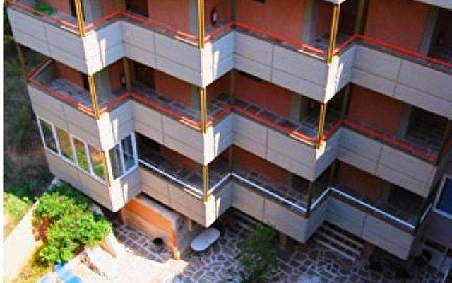 Appolonia Apartmens 2