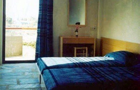Appolonia Apartmens 3