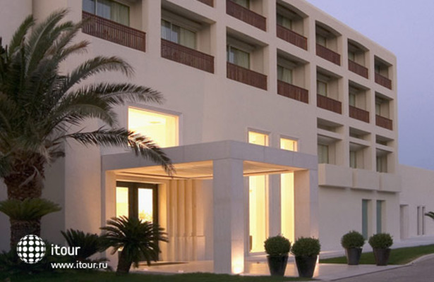Plaza Resort 1