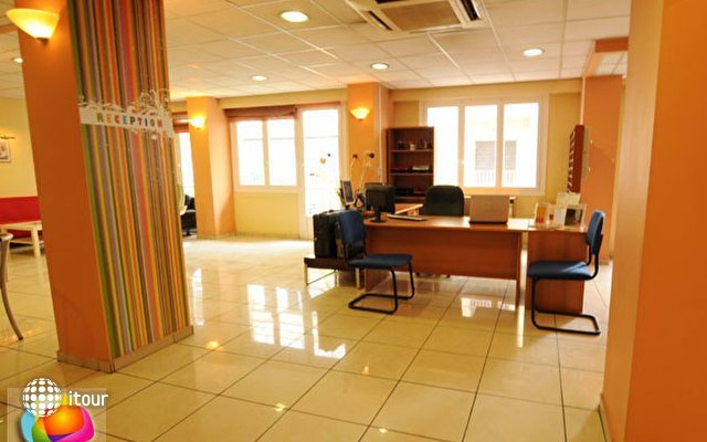 Soho Hotel (ex. Amaryllis Inn Hotel Athens) 9