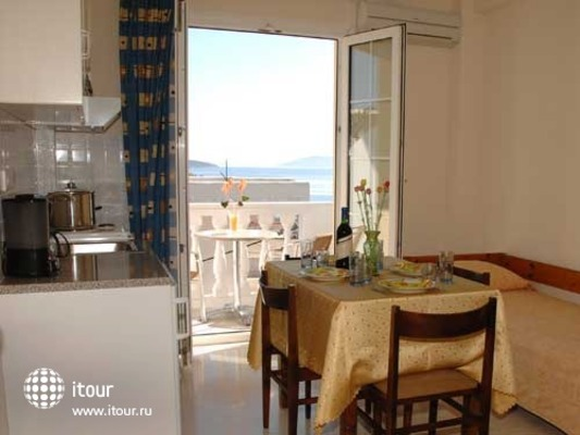 Skalidis Apartments 10