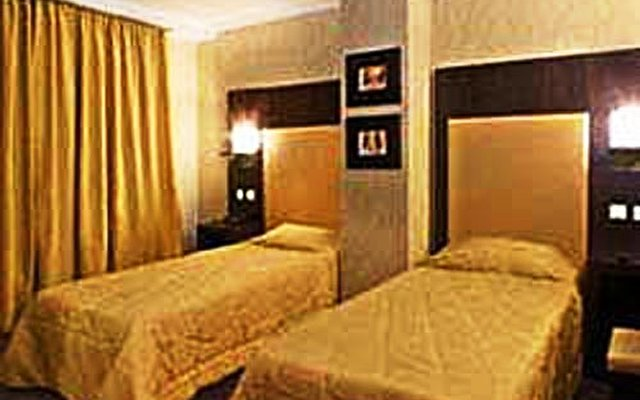 Alassia Hotel 2
