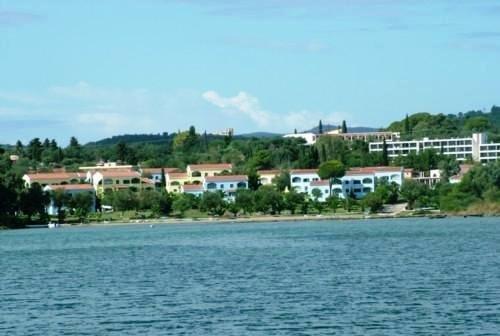 Govino Bay Apts 9