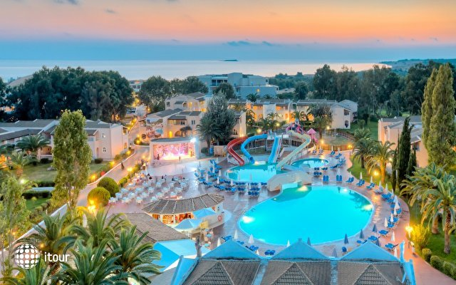 Aquis Sandy Beach Resort 4