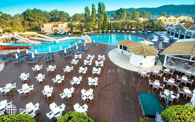 Aquis Sandy Beach Resort 7