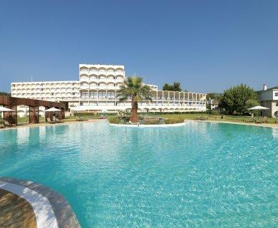 Oscar Hotel 4