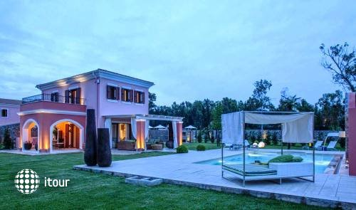 Daphni Villa 1