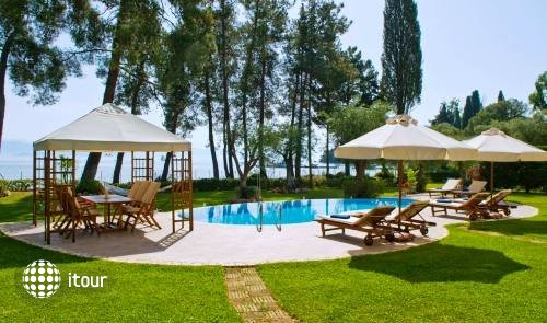 Daphni Villa 2