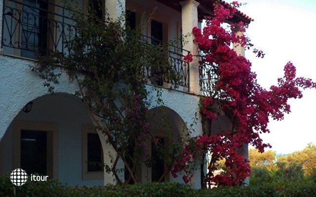 Yannis Hotel 4