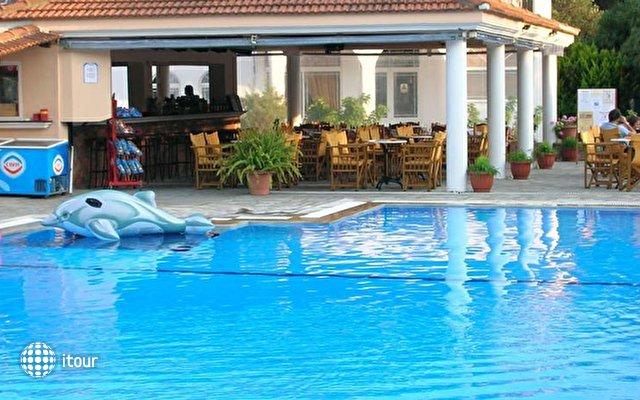 Yannis Hotel 6
