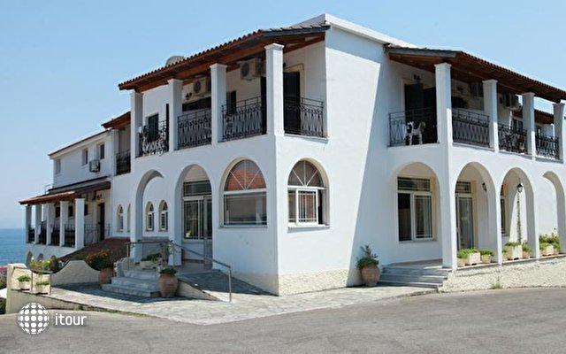 Yannis Hotel 1
