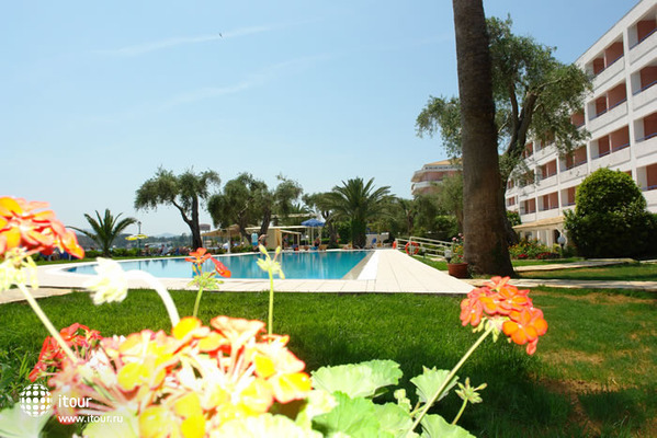 Elea Beach 1