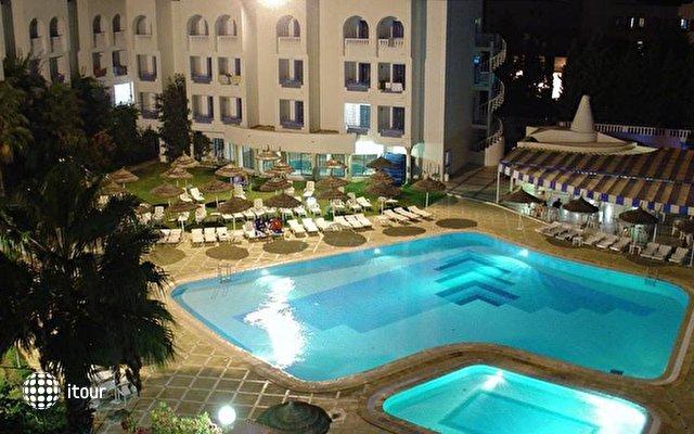 Hotel Menara 7