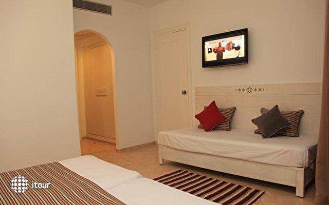 Hotel Menara 10