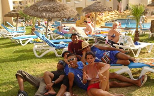Sun Beach Resort 8