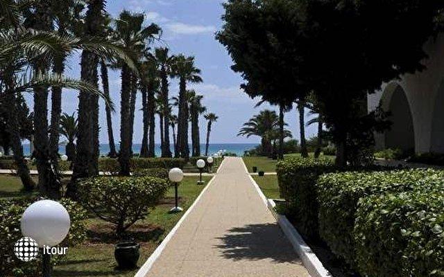 El Mouradi Beach 9