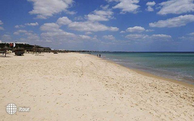 El Mouradi Beach 10