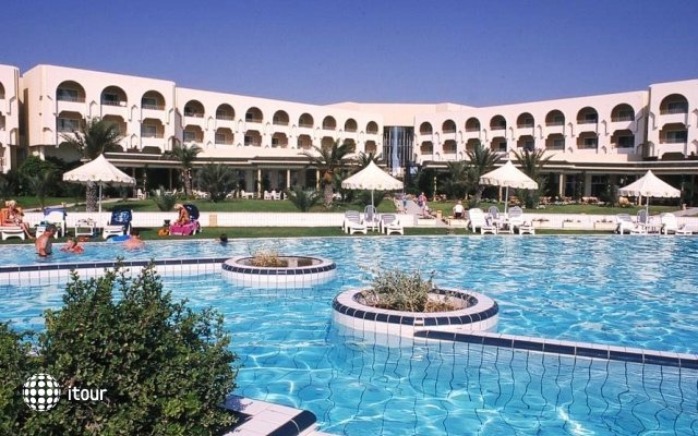 Iberostar Averroes 1