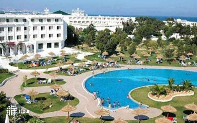 Aqua Life Imperial Park 2