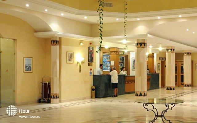 Marina Palace 2