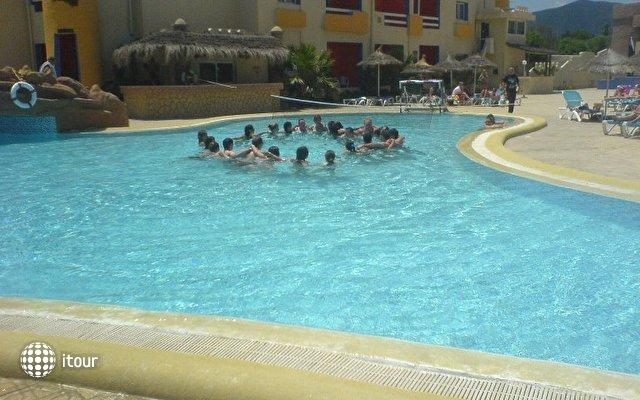 Sun Beach Resort 5