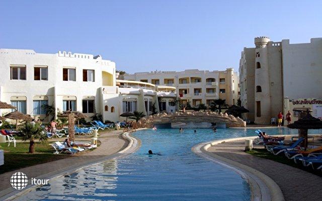 Sun Beach Resort 3