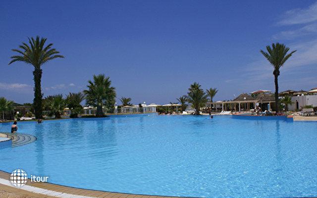 El Mouradi Palm Marina 6