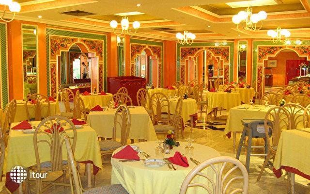 Orient Palace 9