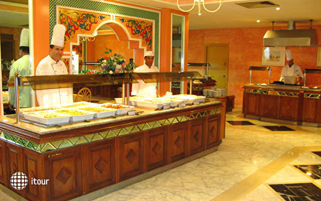 Orient Palace 10