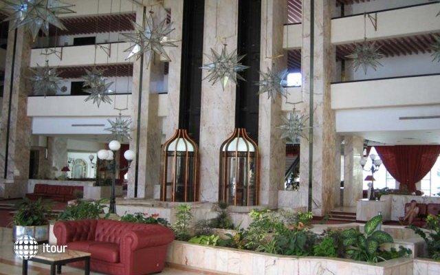 Kuriat Palace 7