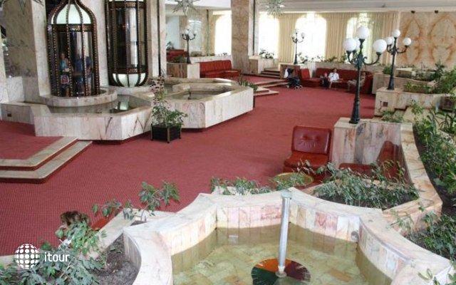 Kuriat Palace 9