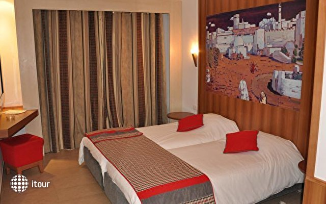 Hotel Carlton 1