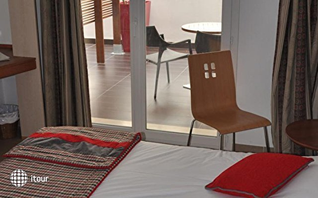 Hotel Carlton 9