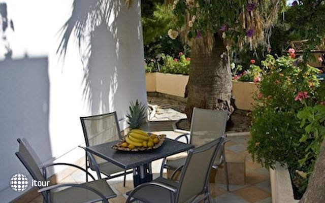 Beach Apartments Lavica 4