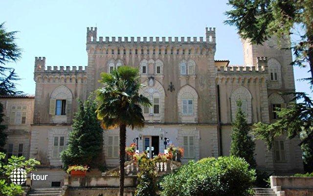 Isabella Castle 1