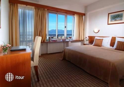 Hotel Neboder 1