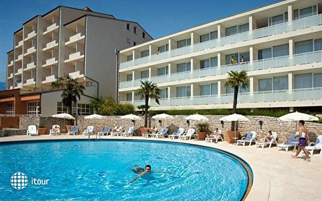 Miramar Hotel 4