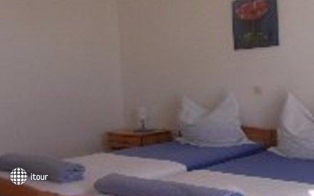 Mladenka Hotel 6