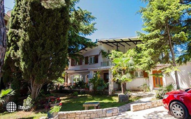 Villa Ladavac 11 1