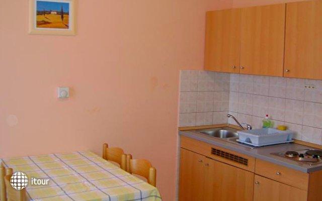 Apartments Romano 7
