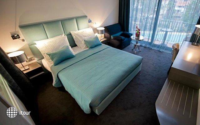 Hotel Arupinum 5