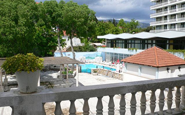 Villa Park 4* & Villa Maria 9