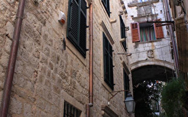 Celenga Apartments 8