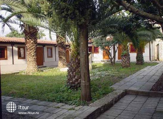 Villa Rasica 6