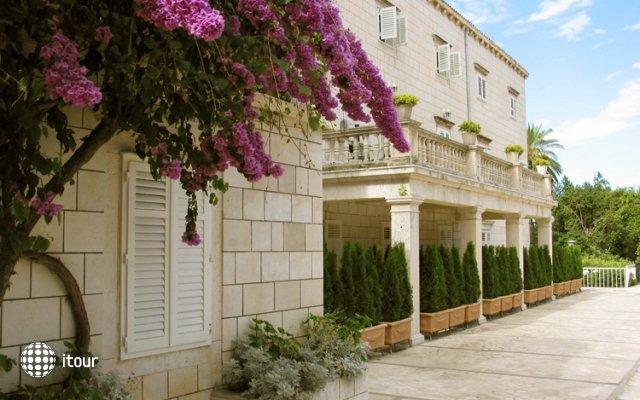 Grand Park Hotel & Villas 4